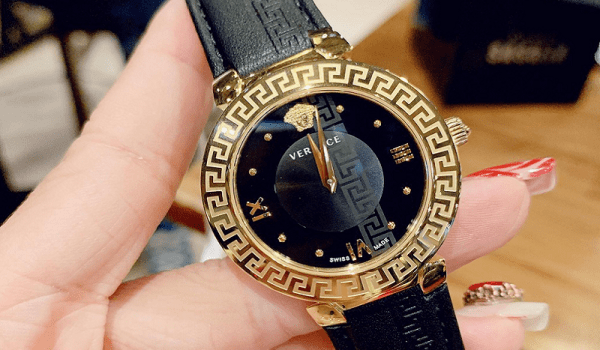 Đồng hồ Versace - siêu phẩm đồng hồ đeo tay thời trang từ Ý